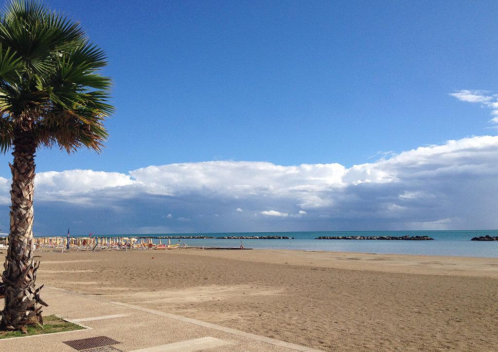 Strand von Cupra Marittima - Ascoli Piceno, Italien